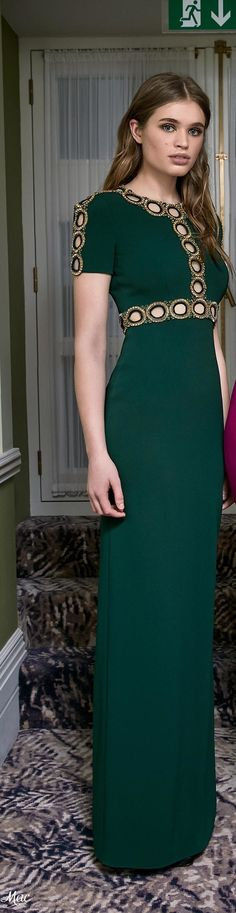 Kate should do this with modesty panels. Pre-Fall 2017 Jenny Packham