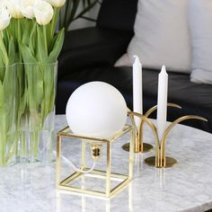 The tough table lamp Cube has a unique design and has a body of strong square iron. It is both a nice decor detail while spreading a good and comfortable light. Light source is not included Decor, Table, Spring Decor, Round Lamp Shade, Hall Console Table, Brass Table Lamps, Table Lamp, Best Candles, Cube Table Lamp