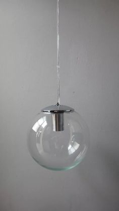 380pe colgante globo vidrio tranp./opal sat.15cm diam acc.cromados