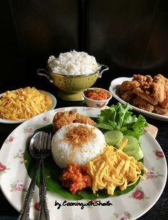 Nasi Kuning Rice Cooker : kuning, cooker, Beberapa, Bulan, Lalu,, Share, Resep, Kuning, Cooker, Banyak, Banget, Cocok., Kemudian, Re…, Masakan,, Makanan,, Masakan
