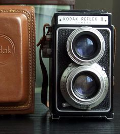 Vintage Kodak Reflex II Camera with Original Field Case by Juniper Home Vintage on Scoutmob Shoppe I Lak, Vintage Cameras, Books To Buy, Vintage Love, Drawing People, Cool Eyes, Love Photography, Cool Words, Photo Booth