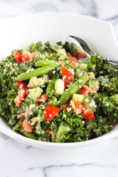Quinoa Vegetable Salad with Tahini Dressing…A vegan salad that's packed with flavor and plenty of veggies! 102 calories and 3 Weight Watcher SmartPoints