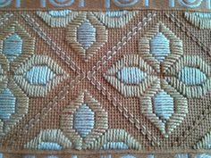 Risultati immagini per ponto reto Hardanger Embroidery, Paper Embroidery, Types Of Embroidery, Cross Stitch Embroidery, Needlepoint Stitches, Needlework, Embroidery Designs, Bookmark Craft, Swedish Weaving