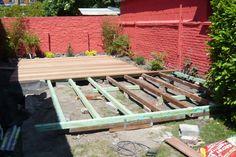 L'ossature de la terrasse en bois