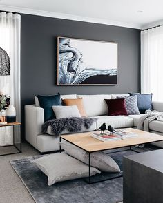 37 brilliant solution small apartment living room decor ideas and remodel 8 Living Room Inspo, Small Apartment Living Room, Living Room Decor Apartment, Home And Living, Small Apartment Decorating Living Room, Living Room Designs, Interior Design, House Interior, Small Apartment Living