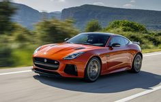 The 2017 Jaguar F-Type SVR is the first Jaguar to come out of Jaguar Land Rover's Special Vehicle Operations unit. Goodwood Festival Of Speed, Jaguar Land Rover, Jaguar F Type, Inspirations Magazine, Latest Cars, Car Videos, New And Used Cars, Sport Cars, Luxury Cars