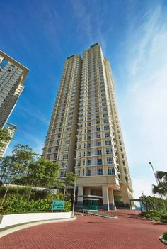 Camellia service suites, Bangsar South - Name: Camellia Address: 59200 Bangsar South, Kuala Lumpur Developer: UOA Group Completion Date: Feb 2014 (estimate) Type: Serviced Suite Tenure: Leasehold No. of Blocks: 1 No. of Storey: 34 No. of Units: 720 pls call 0126033126 Furniture: Partly Furnished    http://my.ipushproperty.com/property/camellia-service-suites-bangsar-south-4/