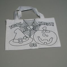 Give the little ghouls and ghosts something fun to do.  With the color your own Halloween treat bag they can design their own bag o take trick or treating.  The color your own Halloween tote bag has two handles at the top to easily open for easy access to the candy.