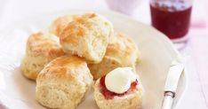 Scone recipe with just three ingredients sends baker Muriel Halsted viral How To Make Lemonade, Best Lemonade, Classic Scones Recipe, Date Scones, Baking Scones, Savory Scones, Recipe Using, Tray Bakes, Sweet Treats