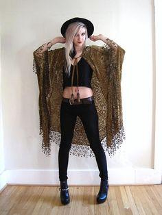 Marilyn Crüe Von Hilton - Boho Burnout Velvet Jacket Fringe Kimono Duster Shawl Dress Top Artisan Wear - I just want so many kimonos/shawls/jackets/whatever Indie Outfits, Boho Outfits, Hipster Outfits, Cute Outfits, Fashion Outfits, Tomboy Outfits, Dance Outfits, Fashion Boots, Witch Fashion