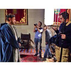 On set. Matar al Rey.