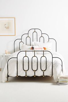 Loving this iron bed frame. Interior Minimalista, Style Deco, Bed Furniture, Furniture Ideas, Art Deco Furniture, White Furniture, Handmade Furniture, Unique Furniture, Wooden Furniture