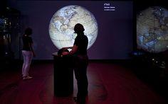 Het Scheepvaartmuseum, Amsterdam: ATELIER BRÜCKNER  Exhibit of globes.