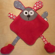 Red and gray rabbit dish comforter - reserved Baby Sewing Projects, Sewing For Kids, Sewing Crafts, Coin Couture, Couture Sewing, Doll Sewing Patterns, Sewing Dolls, Crochet Baby Toys, Baby Knitting
