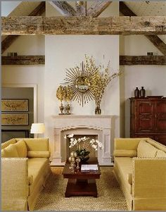Wooden beams + vaulted ceiling