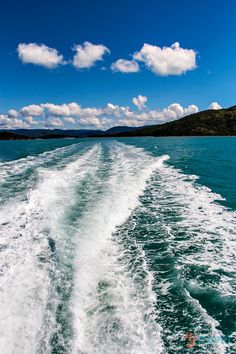 Cruising Whitsunday Islands in Australia