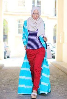 The Merchant Daughter Dian Pelangi: Green Lane Islamic Fashion, Muslim Fashion, Modest Fashion, Hijab Fashion, Turban, Hawaii Dress, Modest Dresses Casual, Hijab Collection, Beautiful Muslim Women
