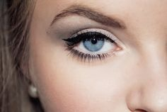 Subtle cat eye circa 1940's. @ The Beauty ThesisThe Beauty Thesis