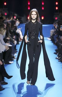 ELIE SAAB Ready-to-Wear Autumn Winter 2016-17  Absolutely in love with Elie Saab's creations! Ugh!