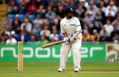 Sachin Tendulkar had the ideal natural stance: poised and ready to move. He has been the most complete batsman of his time, the most prolific runmaker of all time, and arguably the biggest cricket icon the game has ever known. His batting was based on the purest principles: perfect balance, economy of movement, precision in stroke-making, and that intangible quality given only to geniuses - anticipation.