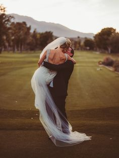 elegant golf club wedding at the Thunderbird Country Club in Palm Springs, California; PHOTOGRAPHY by Joel + Justyna Bedford;