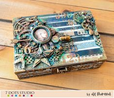 Steampunk Box by Ola Khomenok