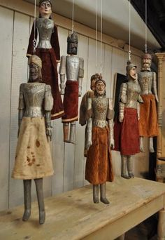 Set of 7 Puppets circa 1920 @ EspaceNordOuest