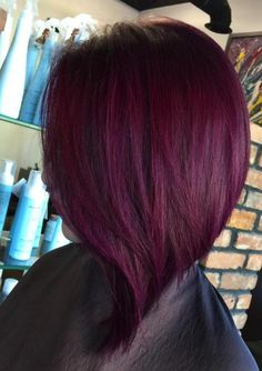 We've gathered our favorite ideas for 20 Plum Hair Color Ideas For Your Next Makeover Hair And, Explore our list of popular images of 20 Plum Hair Color Ideas For Your Next Makeover Hair And in red-purple burgundy hair color. Pelo Color Vino, Pelo Color Borgoña, Hair Color Purple, Blonde Color, Deep Burgundy Hair Color, Deep Purple Hair, Color Red, Plum Hair Colors, Short Burgundy Hair