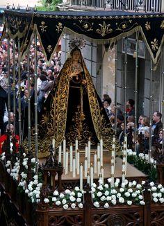 Virgen+de+los+Clavos+-+Santo+Entierro+(Zamora)+(4).jpg (1156×1600)