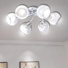 Dieser einzigartige Deckenstrahler hat 6 sphärische Glasschirme, die ein tolles Licht in Wohnzimmer oder Schlafzimmer erzeugen wird. Der Metall-Look der Lampe verleiht einen modernen Stil. Diese Lampe kann problemlos an jede Decke montiert werden. Diese Lampe ist für fünf G9 Leuchtmittel ausgelegt. Im Lieferumfang sind 6 Glühbirnen und eine Ersatzglühbirne enthalten.