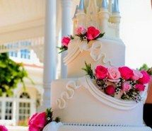 pink, cute, style, castle, adorable, flowers, cake, big, princess, wedding, love it, ideas
