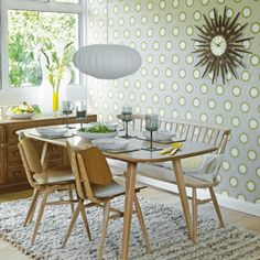 Looking for dining room wallpaper ideas to give your scheme colour and pattern? Dining room wallpaper can lift your eating space without breaking the bank Retro Dining Rooms, Retro Dining Table, Dining Table Chairs, Dining Room Design, Dining Set, Geometric Wallpaper Dining Room, Retro Home, Room Themes, Chair Design