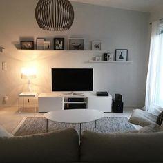 // Wish you a relaxing evening! 💫// #livingroom #mynordicroom #mynordichome #instakodit #nordicminimalism #nordiskehjem #nordicinspiration #skandinaviskehjem #scandinavianhome #scandinavianinterior #myhome #inspiremeinterior #interiorinspiration #interiorinspo #homedetails #whiteinterior #whitehome #inspiroivakoti #olohuone #vardagsrum #livingroom #interior4all #interior123 #heminredning #etuovisisustus #oikotiesisustus #putti123
