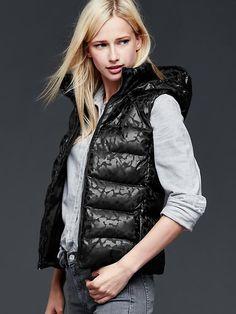 PrimaLoft&#174 foil puffer hooded vest