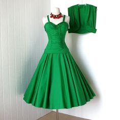 vintage 1950's dress ...never worn pin-up dream designer MADELEINE MOORE MIAMI kelly green cotton convertible halter full circle skirt dress
