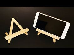 DIY : How to Make Mobile Holder/Stand with Icecream Sticks Popsicle Stick Diy, Popsicle Stick Crafts, Craft Stick Crafts, Mobile Stand, Mobile Holder, Support Portable, Diy Phone Stand, Ice Cream Stick Craft, Make A Mobile