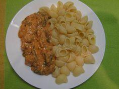 Pulykatokány, vegyes húsból, ahogyan a mutter készítette Naan, Risotto, Macaroni And Cheese, Chicken, Ethnic Recipes, Food, Essen, Mac And Cheese, Yemek