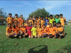 Vrijwilliger Mariëlle deed een sportproject in Cambodja. http://www.hopefulchildrencenter.org/nl/vrijwilligers/ervaringen/132-marielle-bouwmeester-deelt-haar-ervaring-als-vrijwilliger