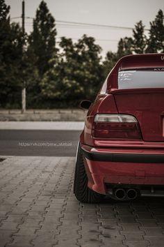 BMW-Statusi