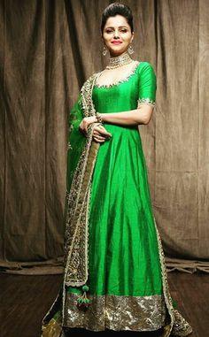 #StylishLongpajamisuit #Longpajamisuitdesign #LatestPajamisuitpatterns #StylishPajamisuitonline  Maharani Designer Boutique  To buy it click on this link :  http://maharanidesigner.com/Anarkali-Dresses-Online/pajami-suits-online/ Rs-12000( Four side dupatta work ) Fabric- Crape Silk. For any more information contact on WhatsApp or call 8699101094 Website www.maharanidesigner.com Maharani Designer Boutique's photo.
