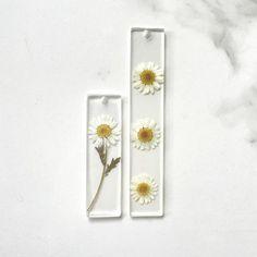 Daisy Bookmark - 3.5 Inches