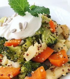 Chutný Quinoa šalát pre zdravý život. - jedztedoschudnutia.sk Caprese Salad, Quinoa, Broccoli, Mashed Potatoes, Health Fitness, Food And Drink, Healthy Eating, Keto, Healthy Recipes