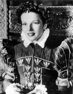 Katharine Hepburn as Mary Stuart wearing Joseff Hollywood Jewelry and ornaments on her dress Katharine Hepburn, Margaret Sanger, Cary Grant, Hollywood Actor, Hollywood Actresses, Hollywood Stars, Vintage Hollywood, Classic Hollywood, Divas