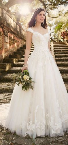 Lace wedding dress by Essense of Australia Spring 2016 / http://www.deerpearlflowers.com/lace-wedding-dresses-and-gowns/2/