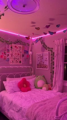 Neon Bedroom, Indie Bedroom, Cute Bedroom Decor, Room Design Bedroom, Room Ideas Bedroom, Bedroom Inspo, Girl Bedroom Designs, Teen Room Designs, Study Room Decor