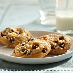 Learn to make Vanilla Rich Chocolate Chip Cookies. Read these easy to follow recipe instructions and enjoy Vanilla Rich Chocolate Chip Cookies today!