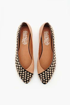 Daisy Studded Flat in Shoes Flats at Nasty Gal