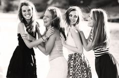 Friend or Sister photo idea Sister Pics, Sister Pictures, Family Pictures, Bestfriends, Besties, Picture Ideas, Photo Ideas, Group Shots, Fantastic Four