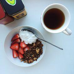 Simple Wholesome Goodness: Cacao Walnut Granola