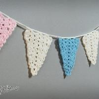 Customize to match ANY party! Ravelry: Party Time Lace Bunting pattern by Briana Olsen Lace Bunting, Bunting Pattern, Crochet Bunting, Crochet Garland, Crochet Ornaments, Bunting Garland, Bunting Ideas, Buntings, Crochet Home
